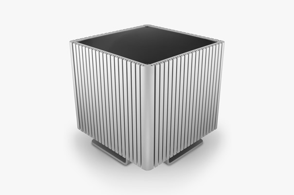 Streacom DB4 Fanless Chassis Silver, Extruded Aluminum, without Optical Slot